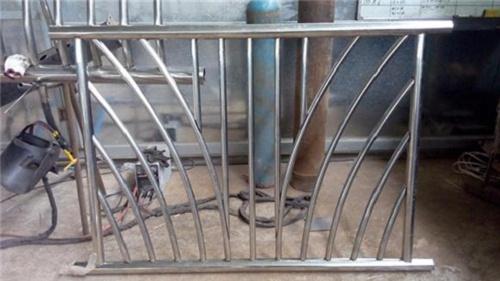 304不锈钢复合管厂家各规格价格
