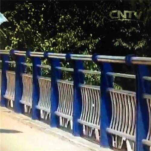 昌平防撞桥梁钢板立柱价格咨询