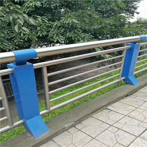 不锈钢碳素钢复合管价格咨询
