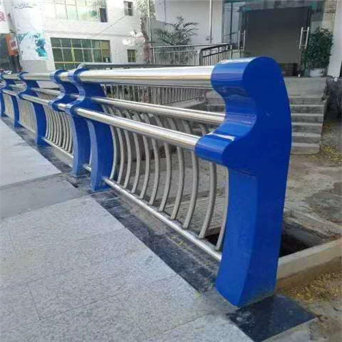 长宁不锈钢碳素钢复合管桥梁护栏原厂供应