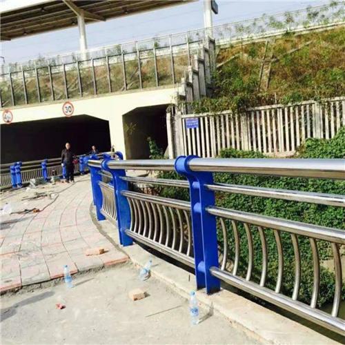 昌平不锈钢碳素钢复合管桥梁护栏如假包换