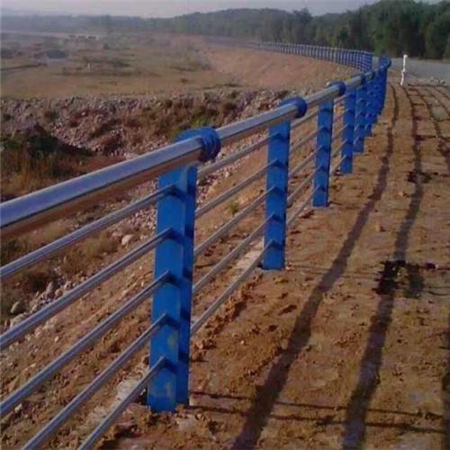 昌平不锈钢碳素钢复合管桥梁护栏厂家供应
