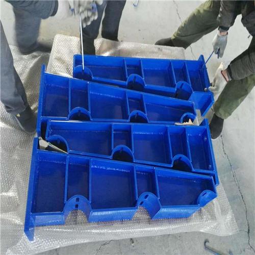 大兴Q235钢板立柱供应商